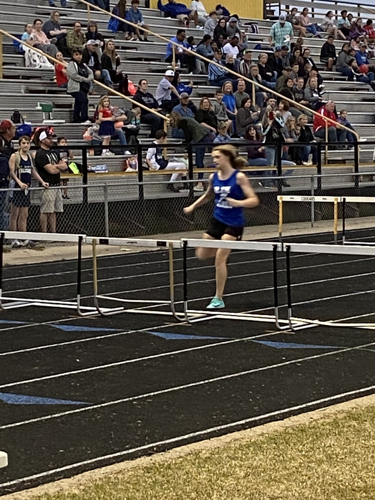 8th Girls Hurdler